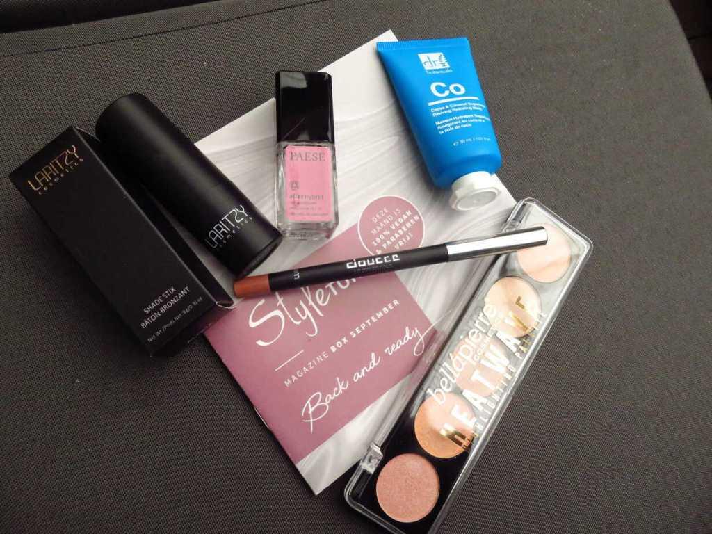 Styletonebox september is een volle box met verzorging en make-up producten.