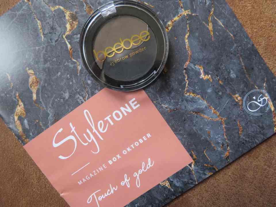 Beebee eyebrow powder, wenkbrauw poeder. Een ideaal product om je wenkbrauwen mooi in shape te brengen.