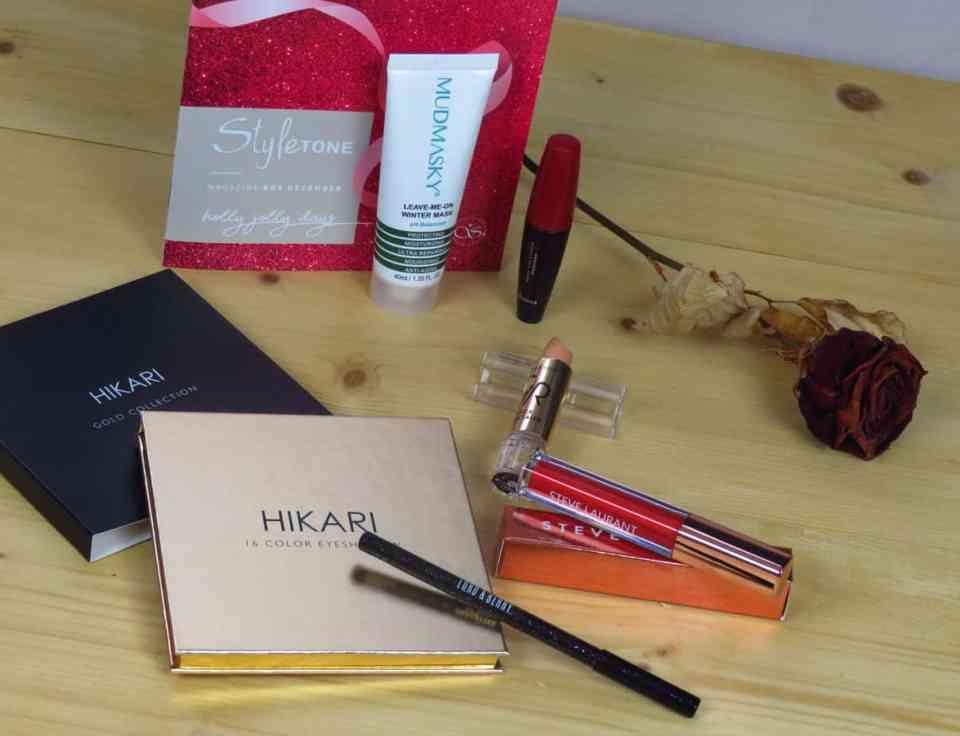 Styletonebox december, make-up, huidverzorging, lipgloss, oogschaduw, oogschaduwpalette, mudmasker, mascara, concealer, oogpotlood