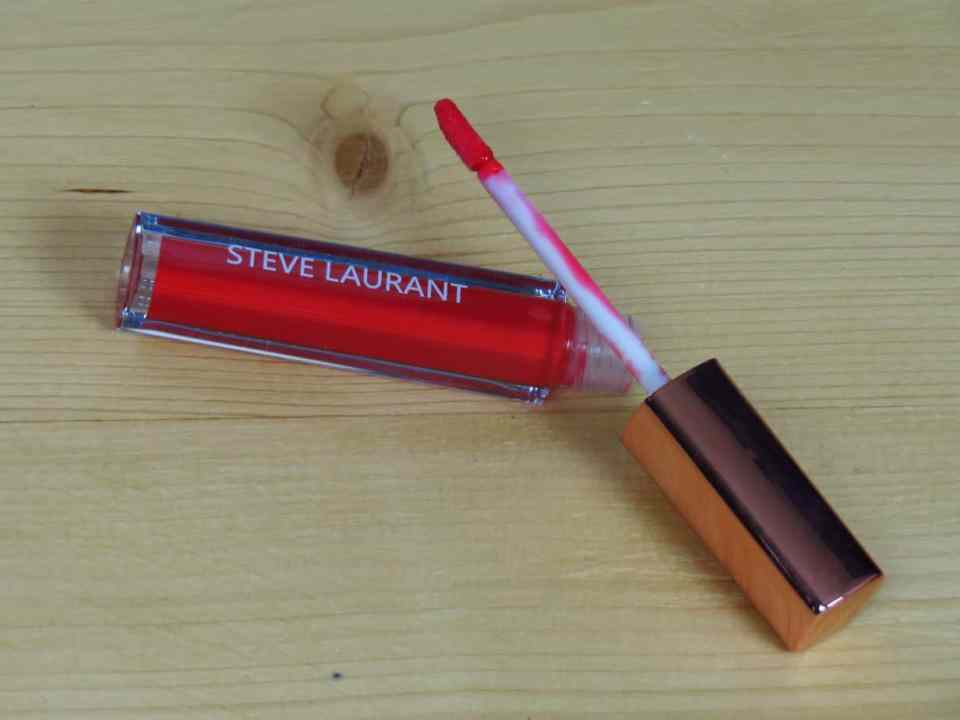 Steve laurant, lipgloss, red dress lipgloss, liquid lipstick, make-up, styletonebox december, goodiebox