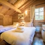 Chalet L'Isiere Bedroom La Montagne