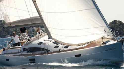 elan-494-impression-charter-croatia-rental