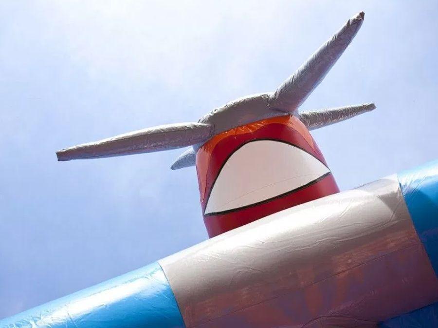 Springkussen Vliegtuig (overdekt)