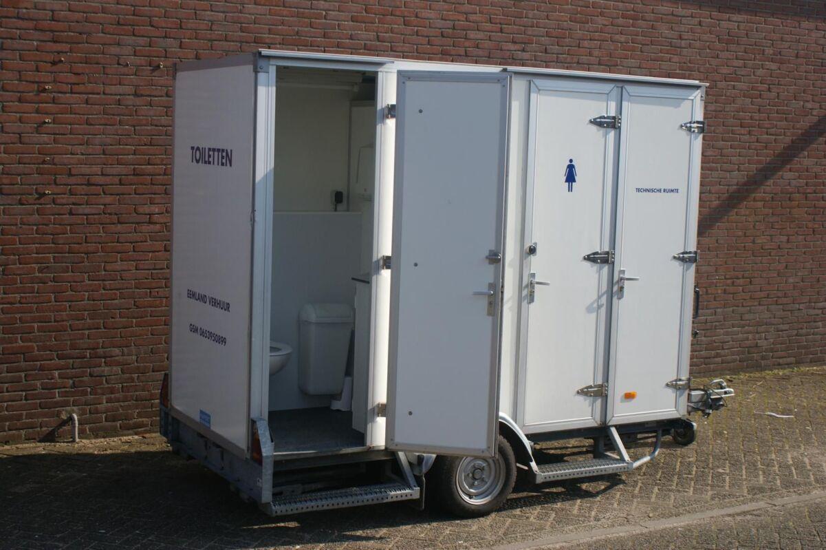 Kleine toiletwagen