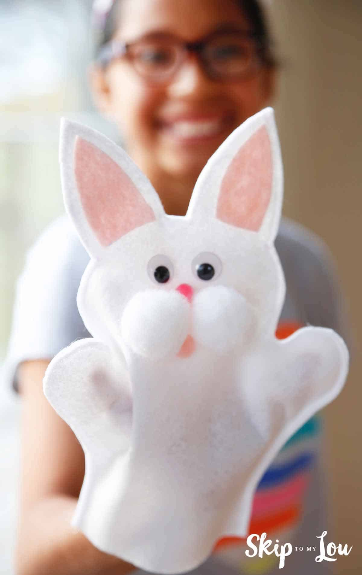 Make Easter Fun With This Cute Bunny Puppet Skip To My Lou