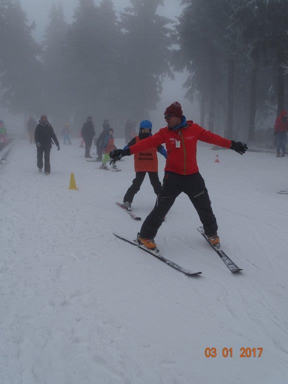 Skis- und Snowboardschule Märchenland