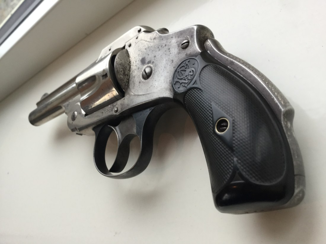 Smith & Wesson Safety Hammerless 38 2nd Model
