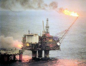 Kan vi bruke moralske argument om olje? Foto: Wikimedia Commons/User:Jarvin Jarle Vines