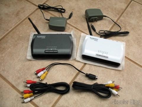 Aparelhos transmissor e receptor, fontes e cabos do Gadmei GM2400