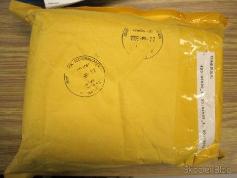 Carimbos do Canada Post na parte traseira do envelope, e nada da alfândega