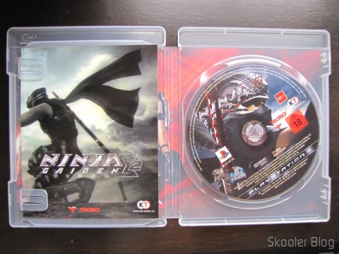 Manual e disco Blu-ray do Ninja Gaiden Sigma 2 do Playstation 3
