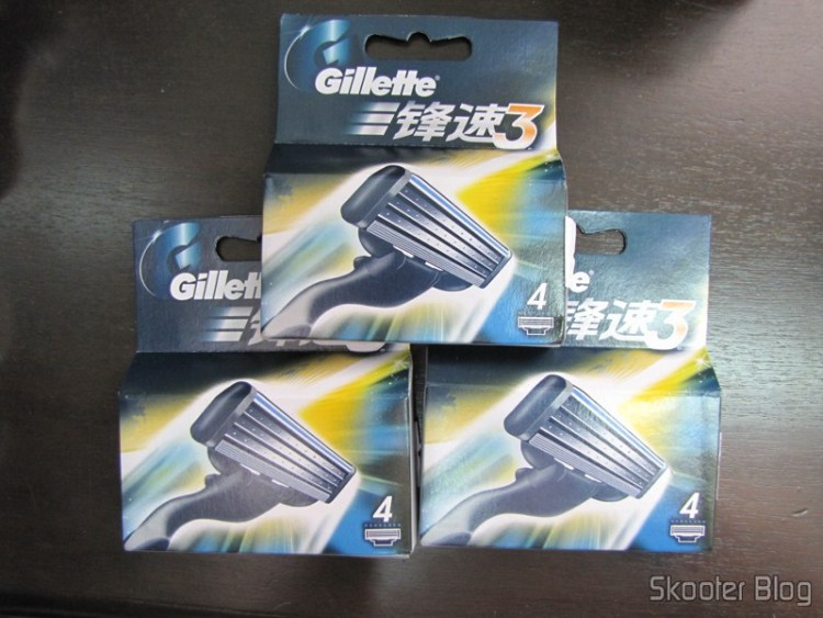 As 3 embalagens of cartridges Mach 3 Gillette vindos from China