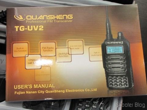 Manual em Inglês do Rádio HT Quansheng Walkie-Talkie Multi-Banda VHF/UHF, Dual Frequency, com VOX, Lanterna e Rádio FM