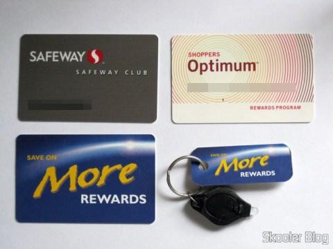 Cartões do Safeway, Shoppers e Save-on-Foods, e tag para chaveiro do Save-on-Foods