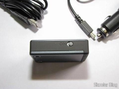 Botão de ligar/desligar na lateral do Receptor GPS Bluetooth HOLUX M-1000C com Gravador de Log de Viagem, Recarregável