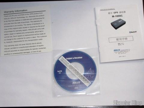 Termo de Garantia, Mini-CD com drivers, software e manuais, e manual em chinês do Receptor GPS Bluetooth HOLUX M-1000C com Gravador de Log de Viagem, Recarregável