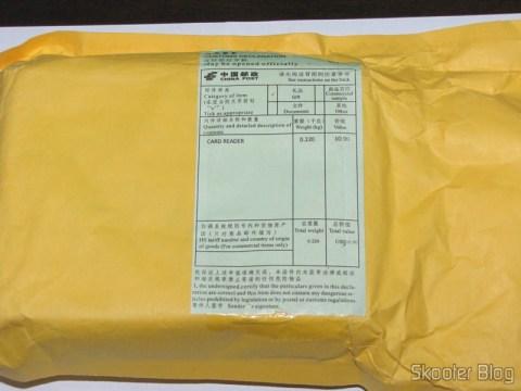 """Pacote da DealExtreme com o Painel Frontal para baia de 3.5"""" com leitor de cartões SDHC/MS/SD/MMC/TF/M2 e 4 portas USB"""