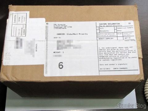O pacote da FragranceX.com