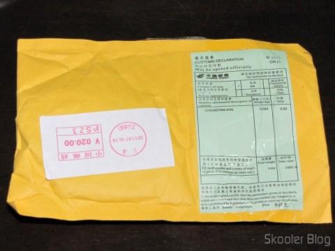 Pacote da DealExtreme com o Carregador AC para Nokia X3/X6/N78/E63/E71, plug com dois pinos redondos, 100~240V