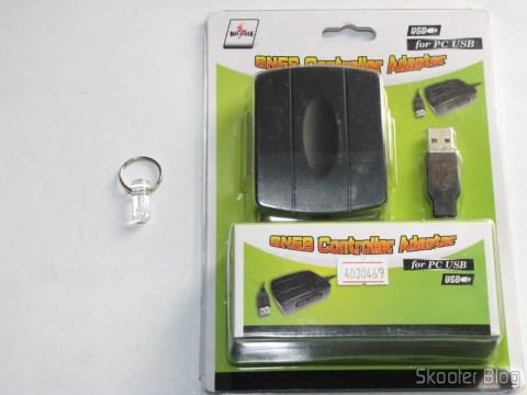Chaveiro Brilhante de Trítio que brilha por 10 anos e  Adaptador USB para dois Controles Gamepad de SNES (Super Nintendo) ou SFC (Super Famicom)