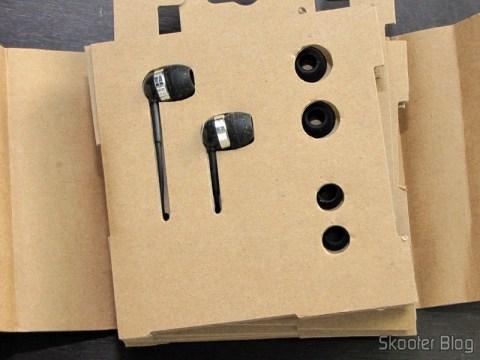 Embalagem do Fone de Ouvido In-Ear com Isolamento de Ruído com Plug P2 (3.5mm) e cabo de 120cm