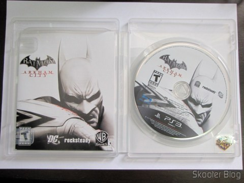Manual e disco Blu-ray do Batman: Arkham City (PS3)