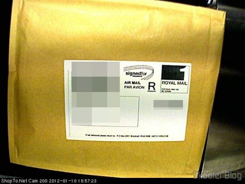 Pacote da ShopTo com o Rayman Origins (PS3), como enviado por e-mail apenas 1 minuto após a compra