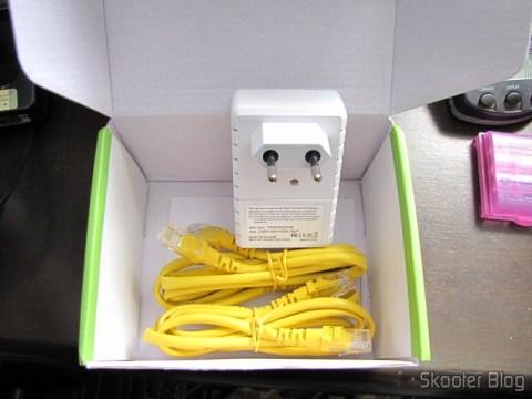 Par de Adaptadores de Rede EP-PLC5506 HomePlug Powerline 200Mbps (EP-PLC5506 200Mbps Home Plug Powerline Network Communication Adapters (Pair))