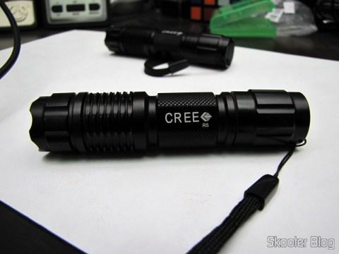Lanternas LED Branco 350-Lumen 1-Modo UniqueFire G10 CREE XP-G R5 com Pulseira, bateria 14500 ou AA