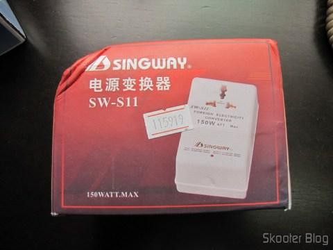 Conversor de Voltagem AC para Viagem Duplo Sentido Singway 150W (Singway 150W 2-Way AC Travel Voltage Converter), em sua caixa