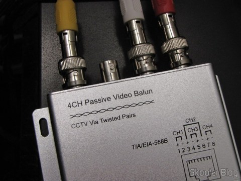 Passive Balun Transceiver 4 Video Channels (CCTV) via Twisted Pair, maximum 330m connected and the decoder Sky