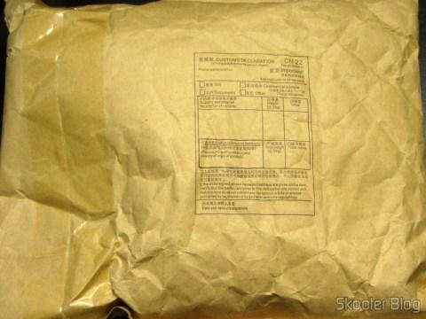 Pacote da DailyShop com a Calça Masculina Saruel Casual de Algodão com Bolsos (Cotton Casual Solid Pocket Men Harem Pants - Formulário CN22 em branco