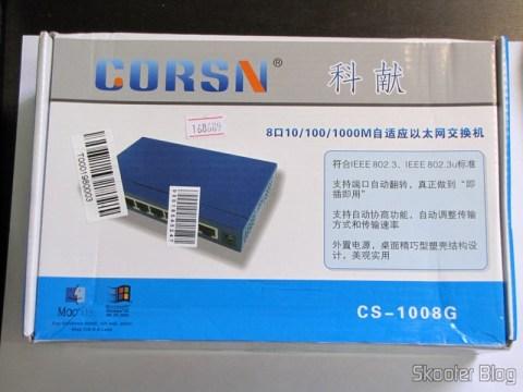 Switch 8 Portas Gigabit Ethernet 10/100/1000Mbps CORSN CS-1008G (CORSN CS-1008G 8-Port 100Mbps / 1000Mbps Switch – Blue) on its packaging