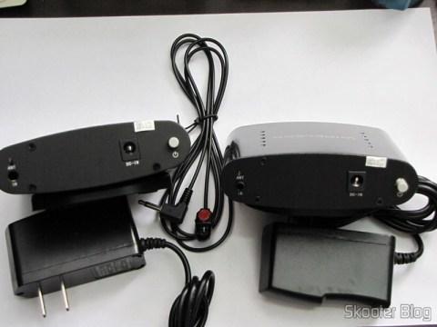 Repetidor / Extensor de Controle Remoto Sem Fio IR 433MHz, até 200 metros Pakite PAT-433 (New 433MHz Wireless IR Remote Extender Repeater 200M)