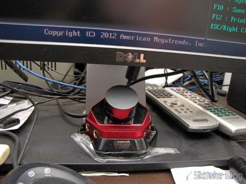 Módulo de controle da Creative Sound Blaster ZX SBX PCIE Gaming Sound Card with Audio Control Module SB1506 instalado