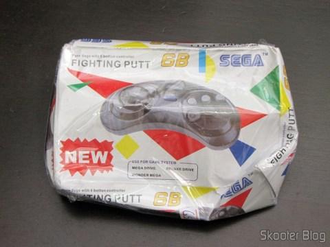 Controlador de 6 botões para o Mega Drive / Sega Genesis (New Black 6 Button Game Controller for Sega Genesis New Y) em sua caixa