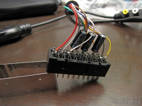 Playstation SCART RGB cable 1/2 with Audio and Guncon output (RGB Cable with Audio and Guncon output), missing the resistor between pins 8 and 16