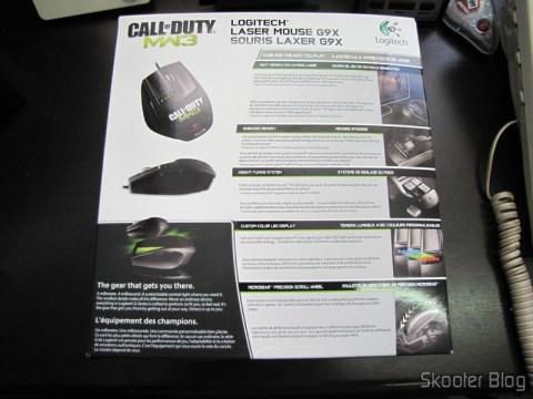 Mouse Logitech G9X Edição Call of Duty: MW3 (Logitech G9X Gaming Mouse Call of Duty: MW3 Edition (910-002764)) on its packaging