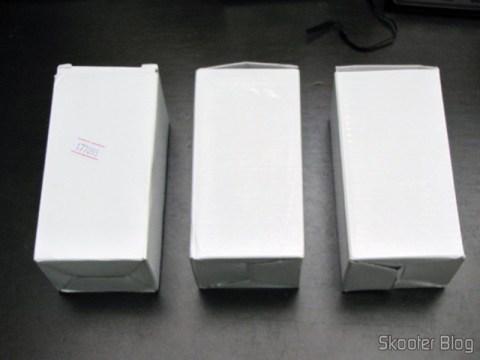3 Lâmpadas LED 9W Luz Branca 7000K 1100 lumens E27 COB LED (110~220V) (E27 9W 1100lm 7000K White Light COB 1-LED Bulb - White (110~220V)) em suas embalagens