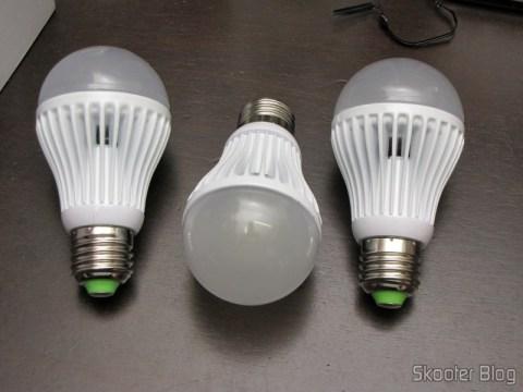 3 Lâmpadas LED 9W Luz Branca 7000K 1100 lumens E27 COB LED (110~220V) (E27 9W 1100lm 7000K White Light COB 1-LED Bulb - White (110~220V))
