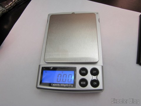 Precision Digital Pocket (Maximum 300g / Resolution 0.01g) (Precision Digital Pocket Scale (300g Max / 0.01g Resolution)) on and no load