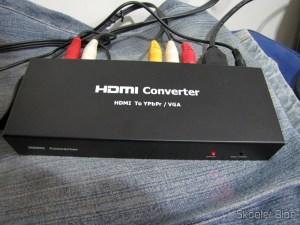 Conversor HDMI para VGA / Componente YPbPr / SPDIF, Colorido, Alta Definição (HDMI to VGA High Definition Color Converter w/ YPbPr / SPDIF - Black + White) em funcionamento