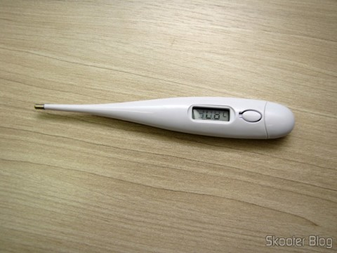 Body Digital Thermometer (32~ 42 ° C) (Body Temperature Thermometer (32~42′C)), after a measurement
