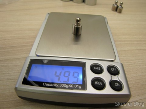 Testing the balance with 1 Weight 5 grams for Calibration Precision Digital (Professional Precision Digital Scale 5g Calibration Weight (5-gram))