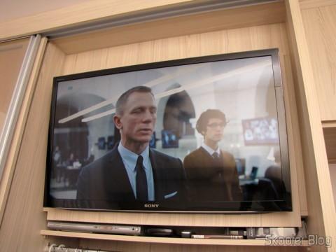 Imagem no segundo ponto escravo da Sky, com TV LCD