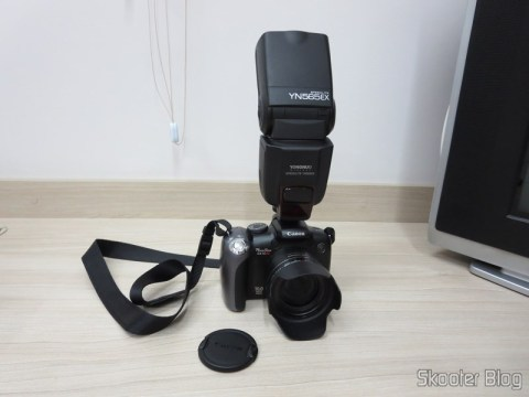 """The Canon PowerShot SX10 IS that usually do the photos you see here in Skooter Blog, com o Flash Flash TTL YongNuo Speedlite YN565EX c / LCD 2.0 """"para Canon DSLR (YongNuo Y565EX 2.0″ LCD TTL Flash Speedlite Speedlight for Canon DSLR – Black (4 x AA)), you've seen here in Skooter Blog, coupled."""