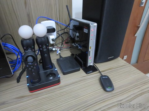 Several items you have seen in Skooter Blog:  Quadruple Charging Station for Playstation Move Playstation Controls 3 (Quadruple Port Charging Station for PlayStation 3 Move Controllers – Black), Playstation Move Motion Controller, Playstation Move Navigation Controller, Hard disc (HD) Externo Portátil WD My Passport 2TB USB 3.0 Preto (WD My Passport 2TB Portable External Hard Drive Storage USB 3.0 Black), e Zotac ZBOX ID83 Core i3-3120M 2.5GHz Intel HM76 DDR3 Wi-Fi A&V Gigabit Ethernet Mini PC Barebone System (ZBOX-ID83-U)