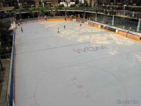 Pista de patinação no gelo no West Edmonton Mall