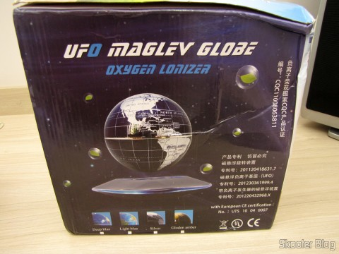 Globe Floating Maglev UFO Cheerlink 106mm c / Generator Anion (CHEERLINK 106mm UFO Maglev Floating Globe w/ Anion Generator – Blue + Black (US Plug / AC 100 ~ 240V)), on its packaging