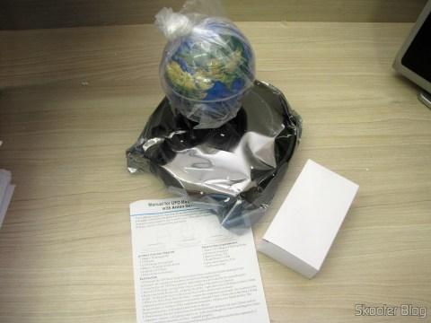 Globe Floating Maglev UFO Cheerlink 106mm c / Generator Anion (CHEERLINK 106mm UFO Maglev Floating Globe w/ Anion Generator – Blue + Black (US Plug / AC 100 ~ 240V)), source and manual